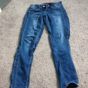 Skinny jean styled thick jegging